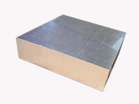 酚醛夹芯彩钢板
